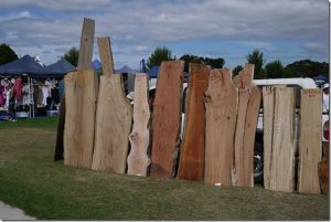 פלטות עץ לשולחן